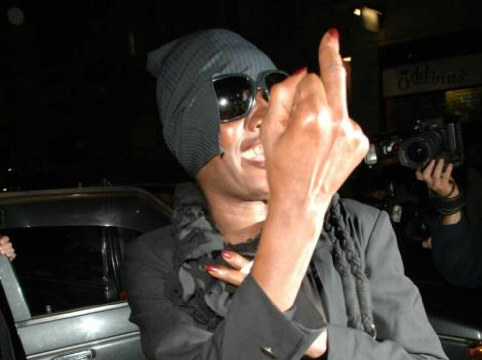 Grace Jones at the Guys and Dolls after party at Floridita Restaurant, London.  Picture by: A. MacPherson  Ref: ALUK 070806 B    Splash News and Pictures Los Angeles:	310-821-2666 New York:	212-619-2666 London:	207-107- Foto: All Over Press