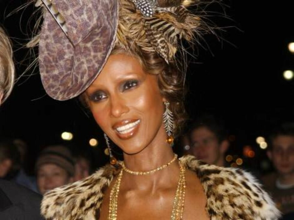NEW YORK - OCTOBER 30:  (ITALY OUT)  Model Iman arrives for the Fashion Group International 20th Annual Night of Stars at Cipriani 42nd Street October 30, 2003 in New York City. The star-studded evening recognized designer Donna Karan with the Superstar A Foto: All Over Press