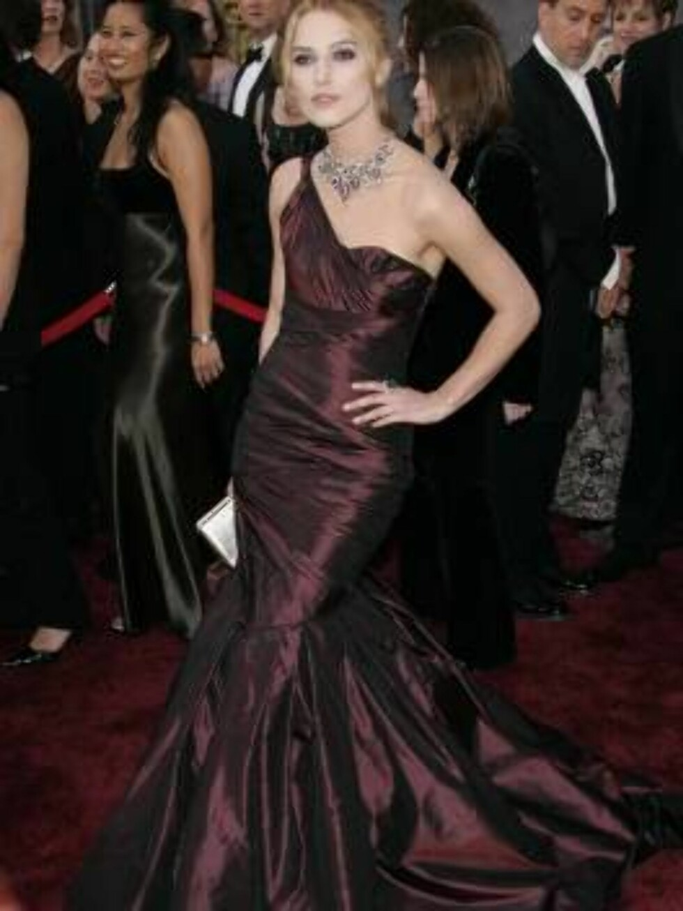 Mar 05, 2006; Hollywood, CA, USA; OSCARS 2006: KEIRA KNIGHTLEY arriving at the 78th Annual Academy Awards held at the Kodak Theatre in Hollywood  Photo by Lisa O'Connor/ZUMA Press.  Code: 4014 COPYRIGHT STELLA PICTURES Foto: Stella Pictures
