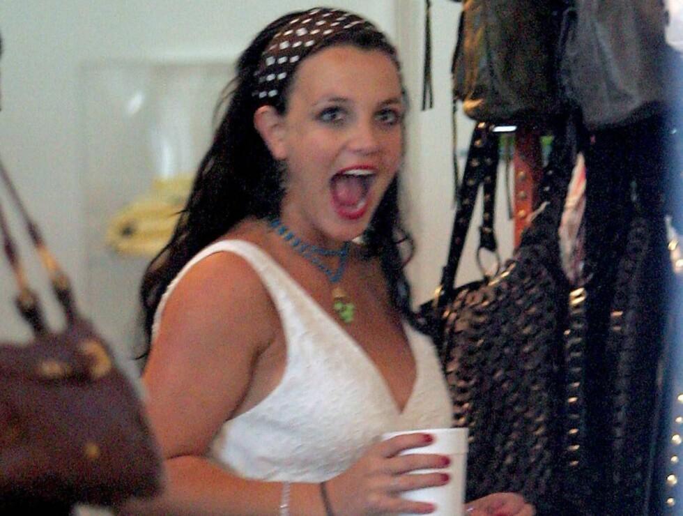 UVENTET STØTTE: Høygravide Britney får nå uventet ros - fra popkonkurrent Christina Aguilera! Foto: Stella Pictures