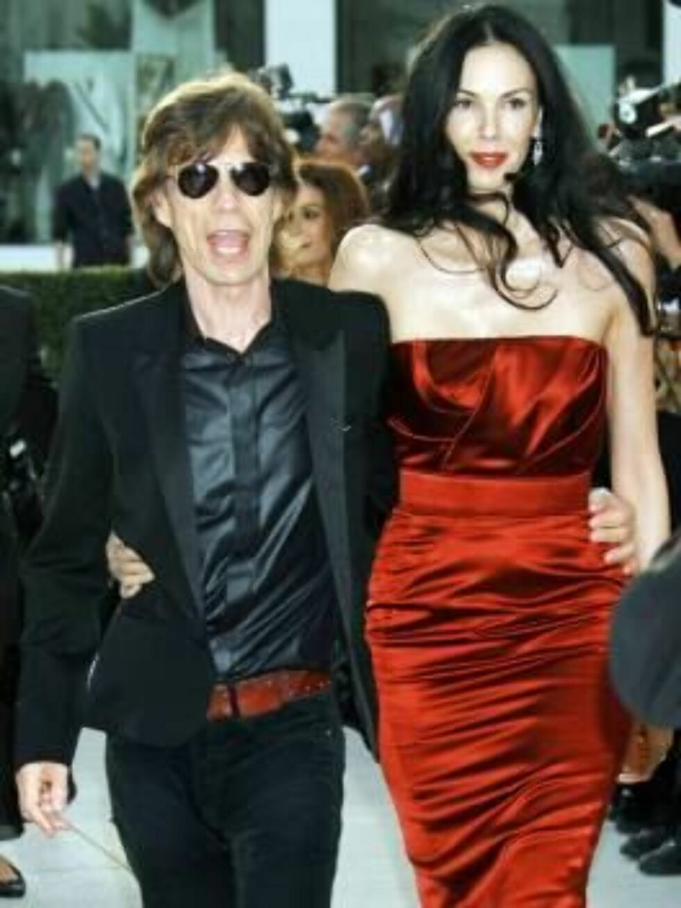 New York, NY - 3/5/2006- Vanity Fair Oscar Party hosted by Graydon Carter, held at Morton's.  -PICTURED: Mick Jagger and L'Wren Scott -PHOTO by: Bill Davila/startraksphoto.com -BDL1000348 Foto: All Over Press