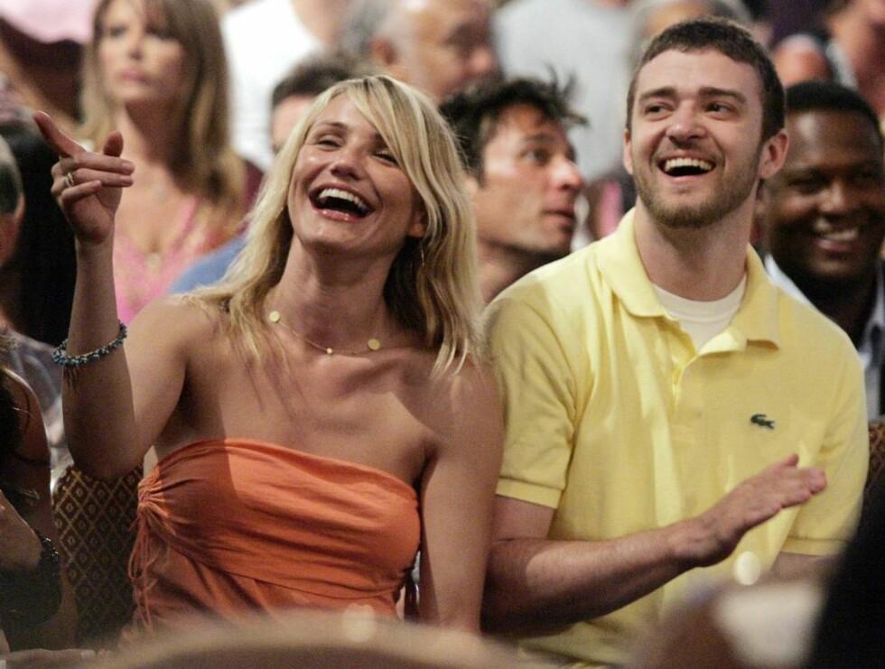 LER AV PROBLEMENE: Cameron Diaz ser ut til å ta Justins musikkproblemer i senga med et smil... Foto: AP
