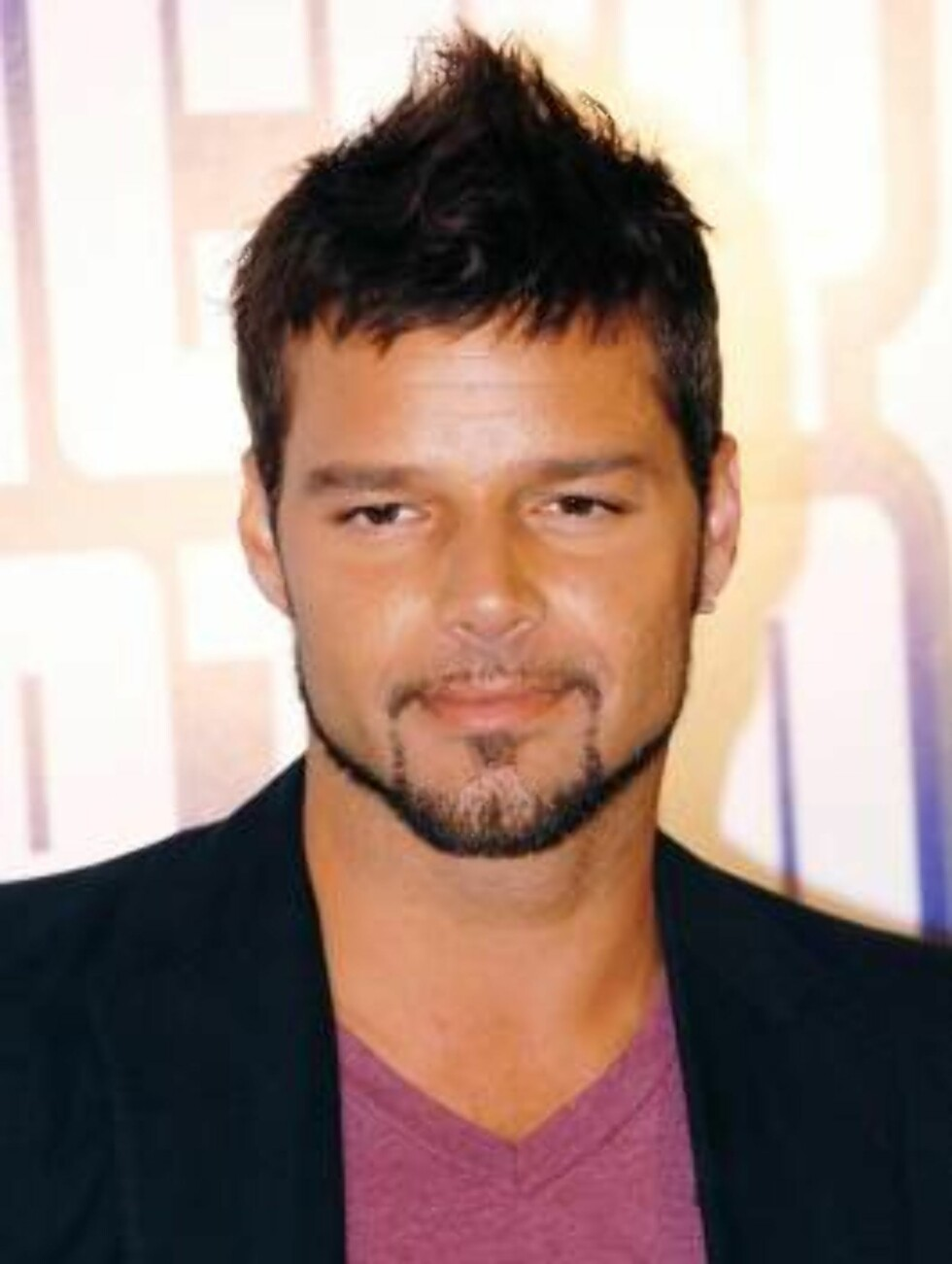 Hesperia Hotel, Madrid 19/04/06.-   Ricky Martin has choose Madrid, Spain, to present his new album, Life, and a world live tour called ?One night only?. The international singer announced concerts in Barcelona, Valencia, Murcia and Madrid since 9th to 14 Foto: Stella Pictures