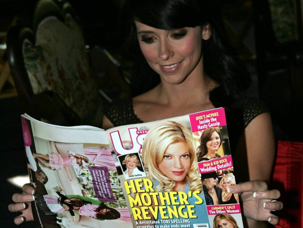 NYSGJERRIG: Jennifer Love Hewitt holder seg oppdatert  på rykteflommen fra Hollywood. Foto: All Over Press