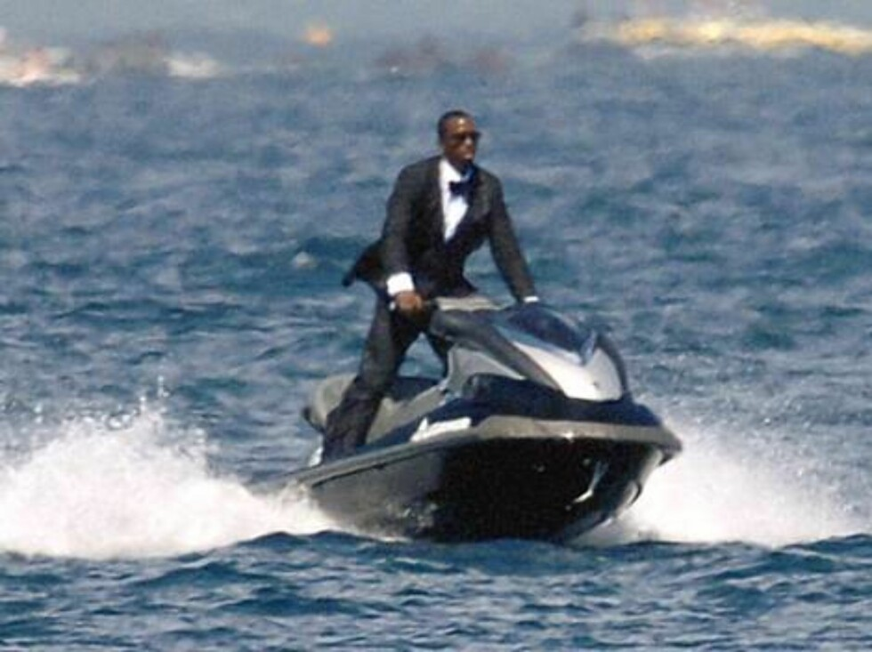 Sean 'P. Diddy' Combs shooting an ad  for Estee Lauder, in Saint-Tropez, France, on August 5, 2006. Photo by ABACAPRESS Code:4001/102978  COPYRIGHT STELLA PICTURES Foto: Stella Pictures