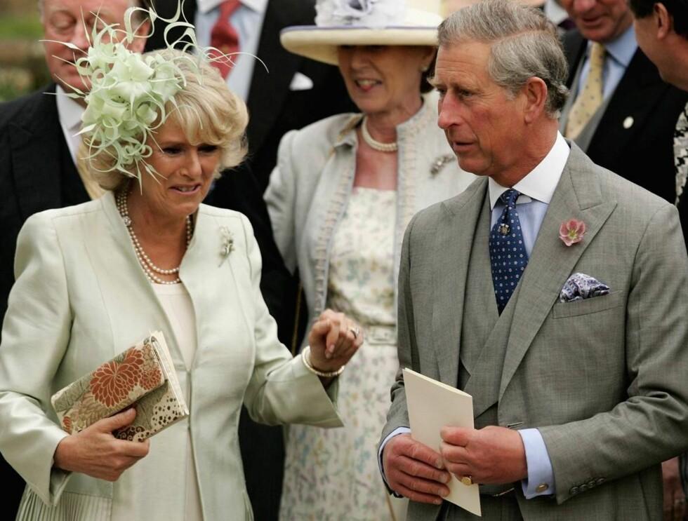 MISTET FAREN: Camilla er skuffet over Charles mangel på støtte under farens bortgang. Foto: All Over Press