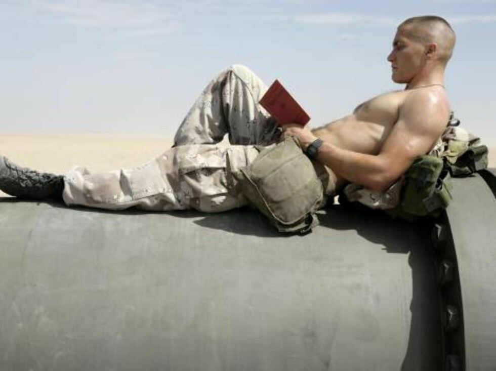Oct 31, 2005; White Sands, NM, USA; Actors JAKE GYLLENHAAL as Anthony Swofford in the Gulf War drama 'Jarhead'  Photo by ILM/Universal/ZUMA Press.  Code:4014 COPYRIGHT STELLA PICTURES Foto: Stella Pictures