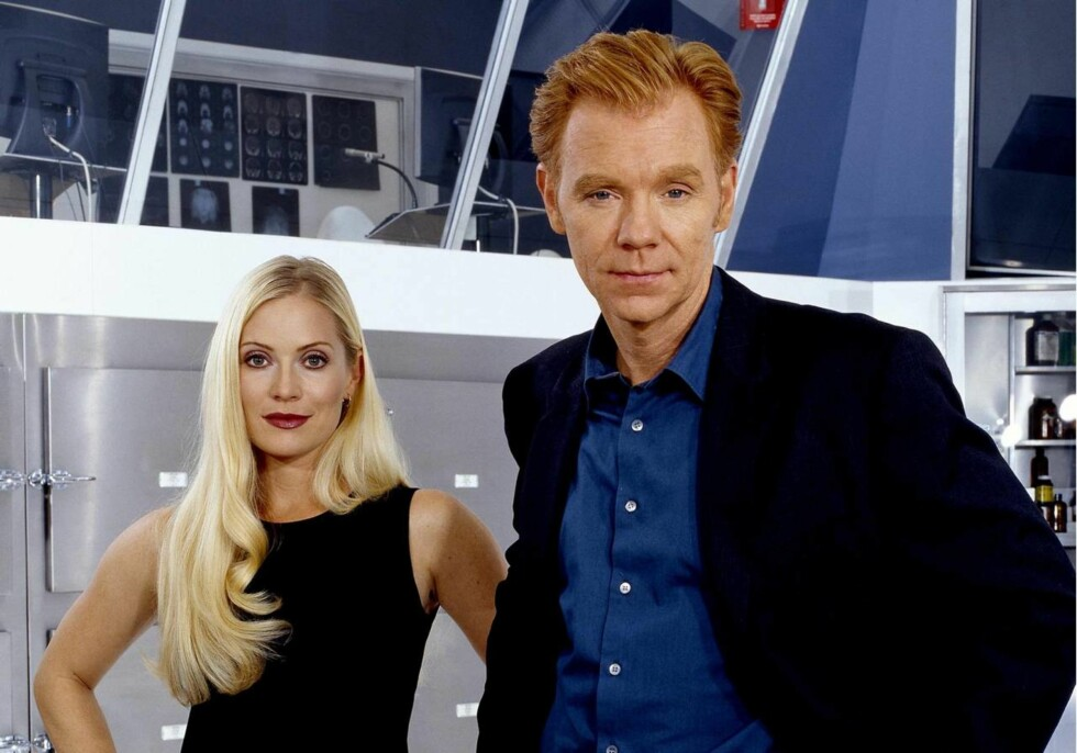 <strong>ETTERFORSKERE:</strong> Emily Procter spiller Calleigh Duquesne og David Caruso spiller Horatio Caine i CSI: Miami. Foto: TV Norge