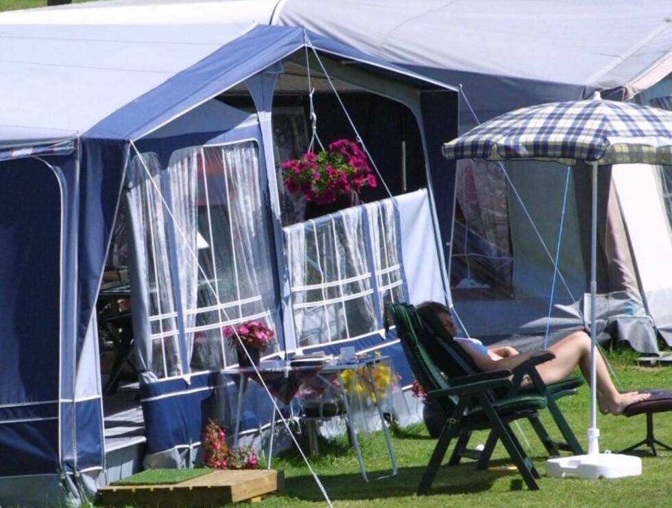 CAMPINGREKORD: Stadig flere nordmenn får øynene opp for campinglivets fordeler.   Foto: Claes-Tommy Herland
