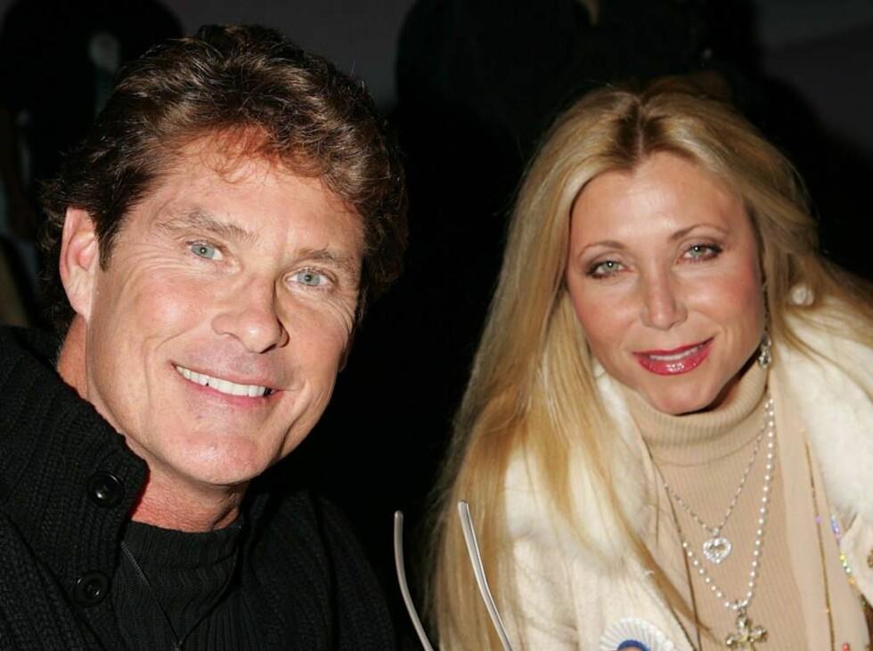 SKILLES: David og Pamela har vært gift i 16 år, nå er altså forholdet over... Foto: All Over Press