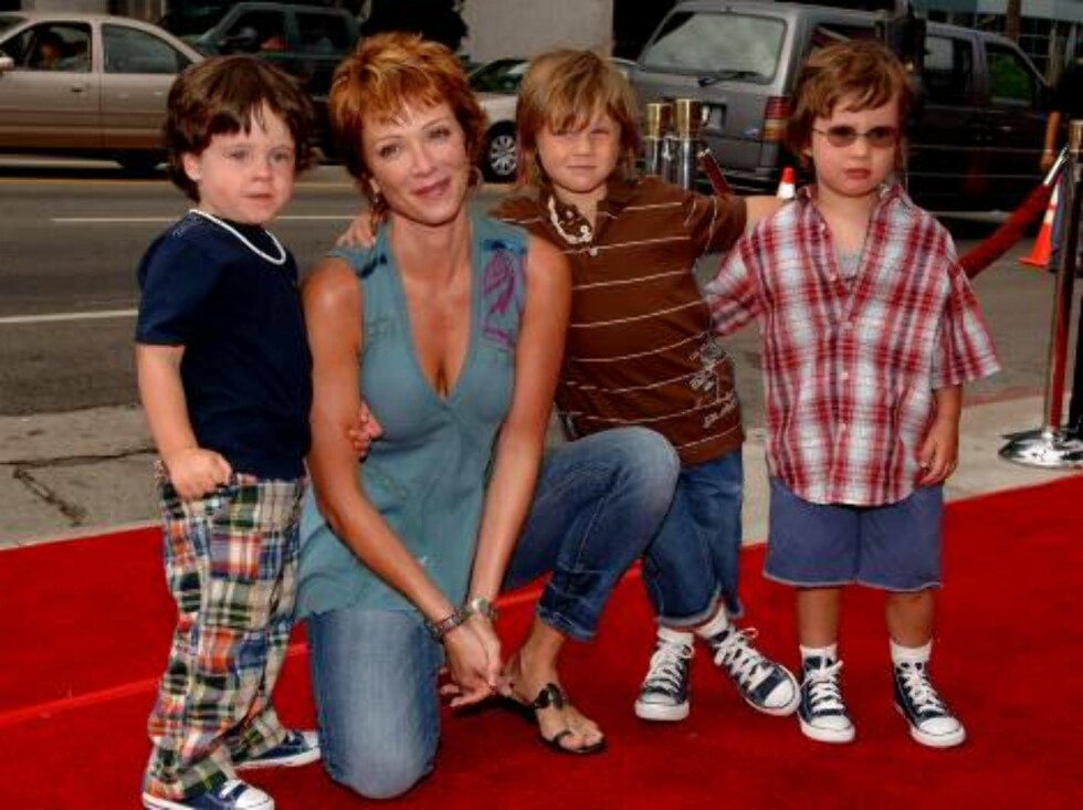 """Lauren Holly attends the world premiere of Paramount Pictures """"Barnyard"""" at the Cinerama Dome in Hollywood. Los Angeles, July 30, 2006. (Pictured: Lauren Holly).    Photo: Lionel Hahn/AbacaUsa  Code:4001/A31961 COPYRIGHT STELLA PICTUR Foto: Stella Pictures"""