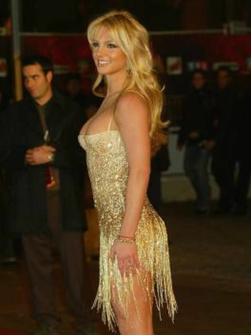 <strong>CANNES, FRANCE - JANUARY 24:</strong>  Singer Britney Spears arrives at the French NRJ Music Awards ceremony during the annual Midem music conference at the Palais des Festivals on January 24, 2004 in Cannes, France. (Photo by Pascal Le Segretain/Getty Images)   Foto: All Over Press