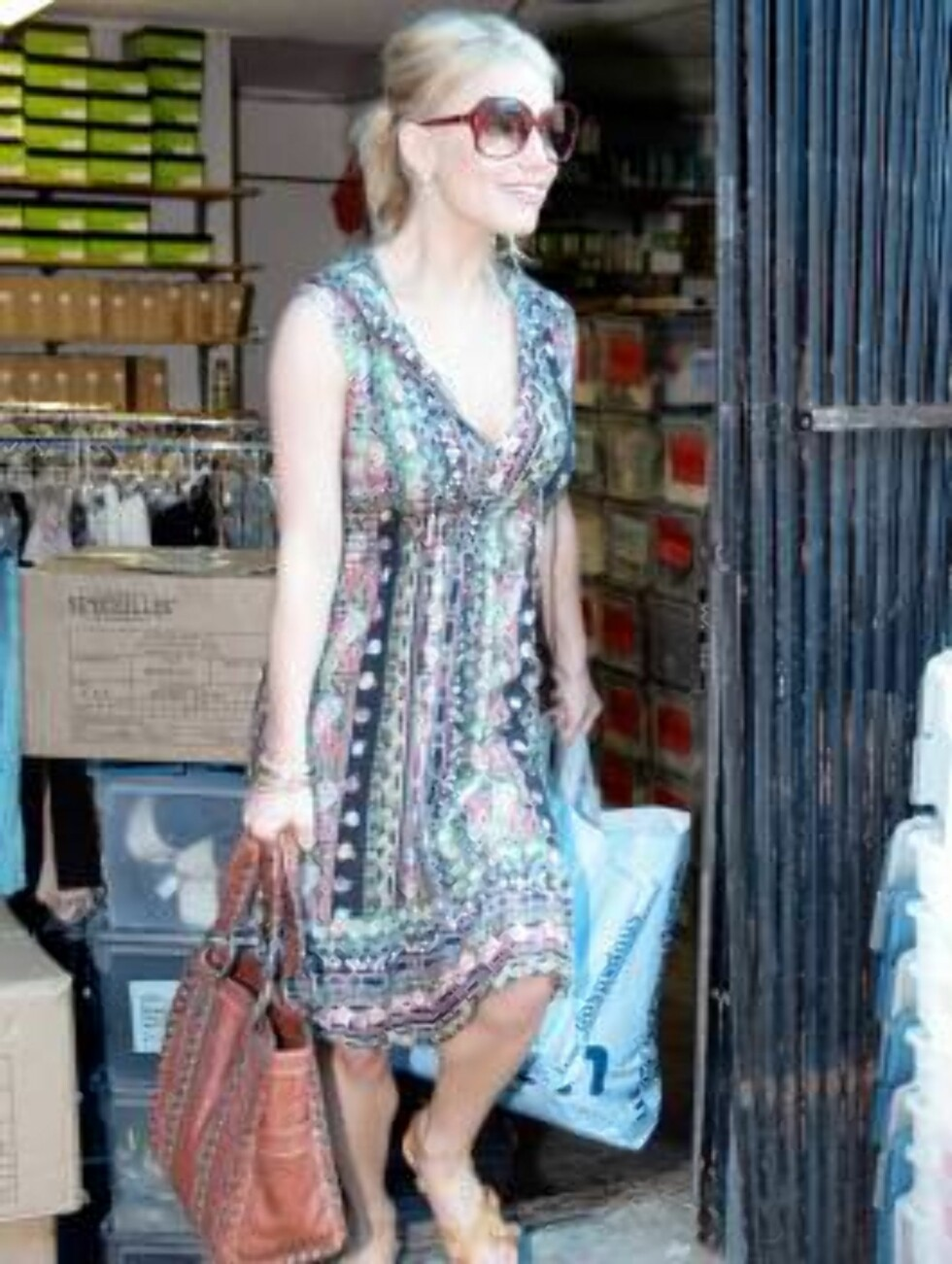 Jessica Simpson shopping spree at Kitson on Robertson in Los Angeles May 24, 2006 X17agency exclusive / ALL OVER PRESS Foto: All Over Press