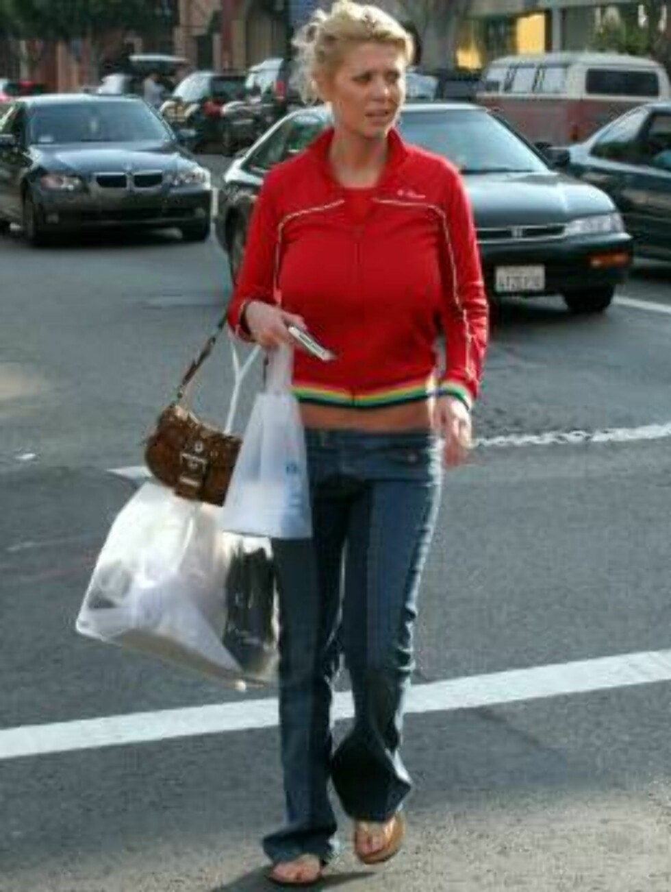 Taradise star Tara Reid shopping at Kitsons on Robertson Avenue in West Hollywood. November 2, 2005 X17agency exclusive / ALL OVER PRESS Foto: All Over Press