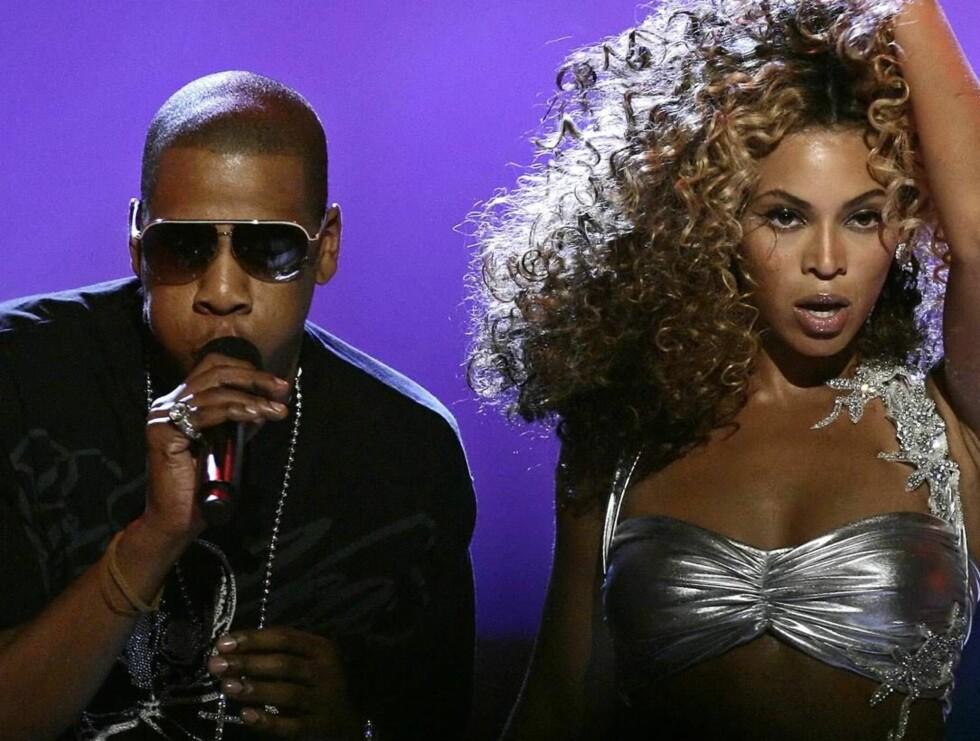 <strong>FORELSKET:</strong> - Han er så enkel å ha med å gjøre. Og så kjapp, forteller Beyoncé om kjæresten Jay-Z. Foto: AP