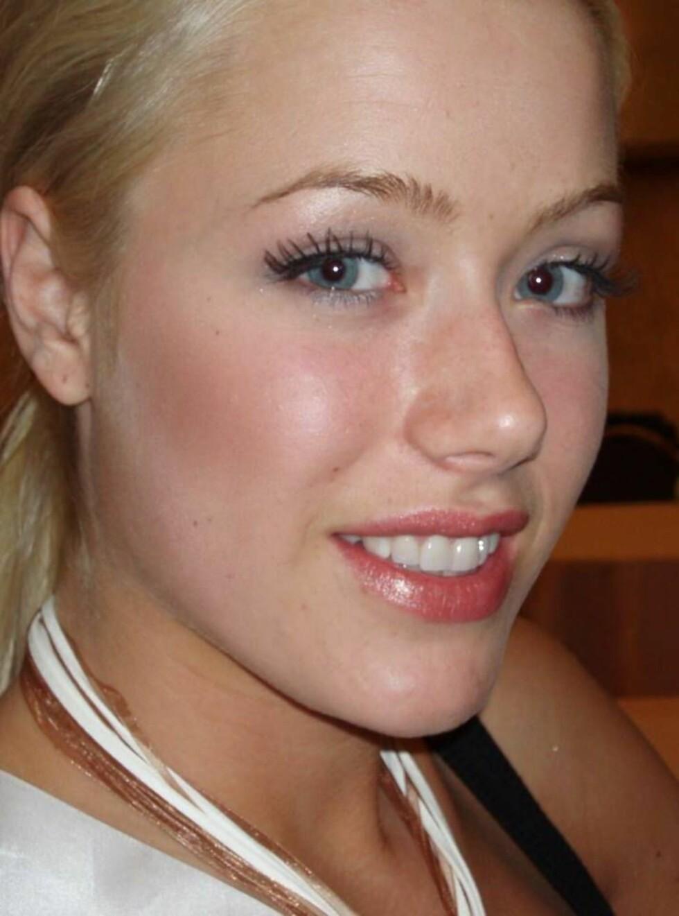 SKUFFET: Norske Martine Jonassen nådde ikke opp til finalerundene i nattens Miss Universe.