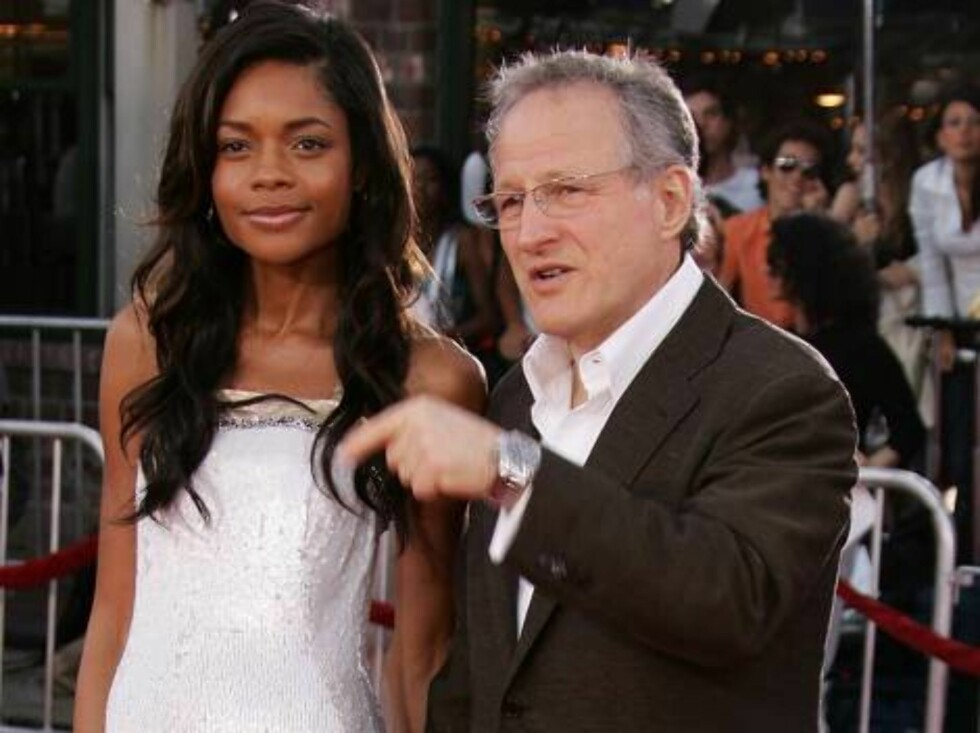 """<strong>WESTWOOD, CA - JULY 20:</strong>  Actress Naomie Harris and director Michael Mann arrive at the Universal Pictures premiere of """"Miami Vice"""" held at the Mann's Village Theatre on July 20, 2006 in Westwood, California.  (Photo by Frazer Harrison/Getty Images) *** Lo Foto: All Over Press"""