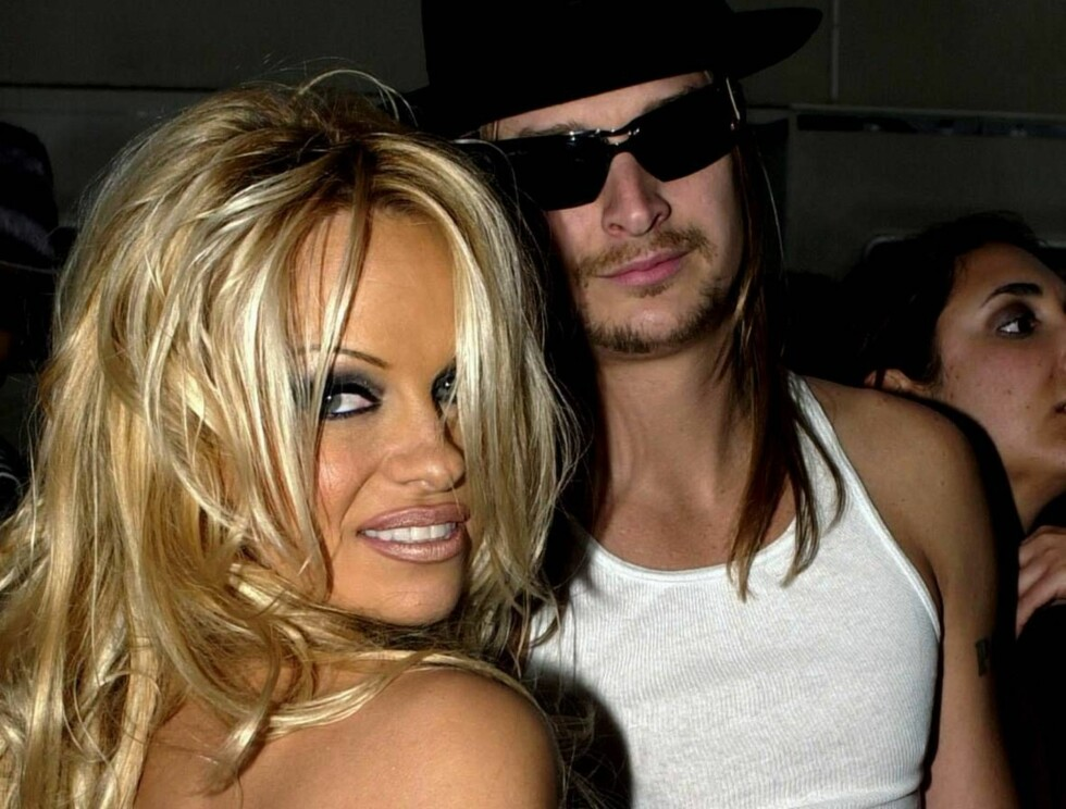 <strong>FORLOVET:</strong> Kid og Pamela var også forlovet i 2001. Men hun dumpet ham fort til fordel for komikeren Jim Carrey. Foto: Scanpix/AP