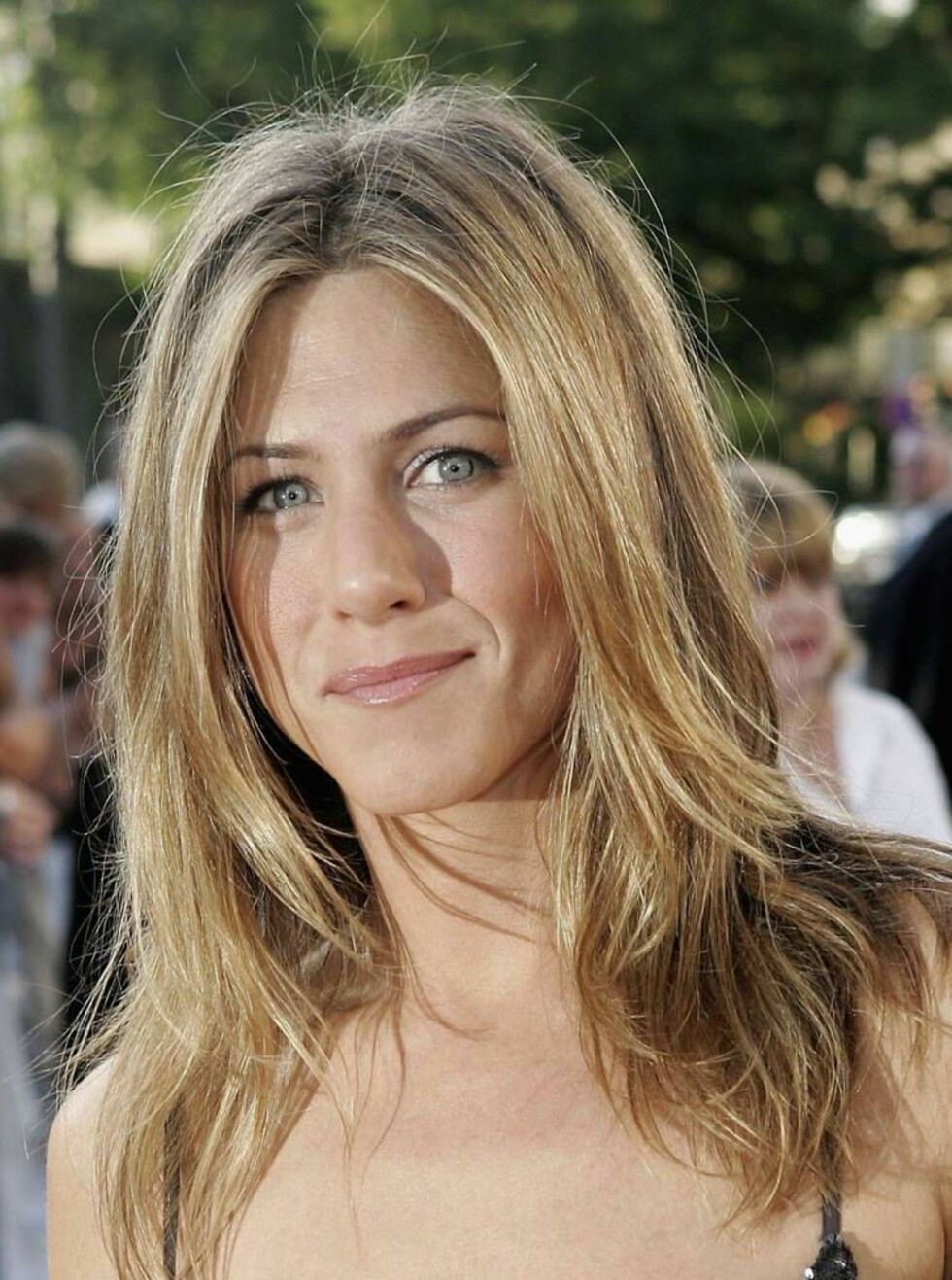 HVEM STAKK FØRST: Var det faktisk Jenifer Aniston som   sviktet Brad? Foto: All Over Press