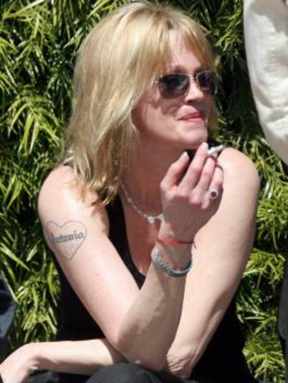Malanie Griffith following a rehab program in Hollywood with alcoholic. Antonio Banderas is nowhere around...except on the tatoo. March 23, 2006 X17agency exclusive / ALL OVER PRESS Foto: All Over Press