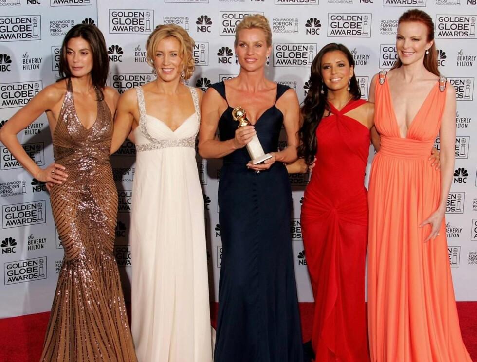 Teri Hatcher, Felicity Huffman, Nicollette Sheridan, Eva Longoria og Marcia Cross gjorde suksess under årets Golden Globe, men har ikke blitt nominert av Emmy-juryen. Foto: All Over Press
