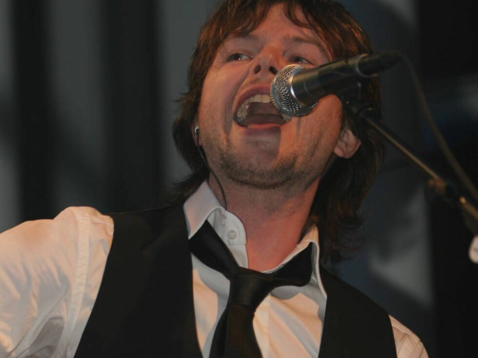 """LÅTSKRIVER: Espen Lind har hatt suksess med """"de nye Gitarkameratene"""". Nå har han skrivd sang for Beyoncè..."""