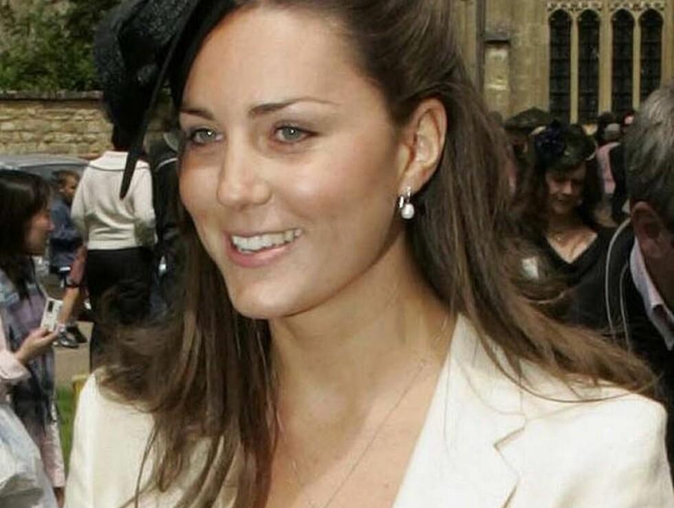 INNE I VARMEN: Mer og mer tyder på at forholdet mellom prins William og Kate Middleton går mot en formalisering. Foto: All Over Press