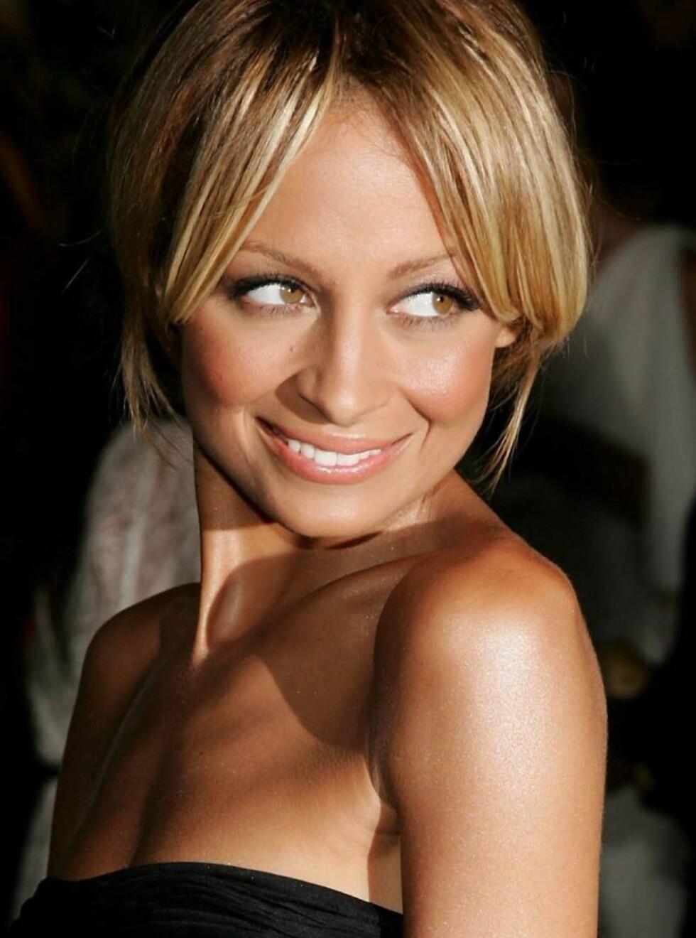 FANTASERER: Nicole Richie har uttalt at hun til og med drømmer om Prada. Foto: All Over Press