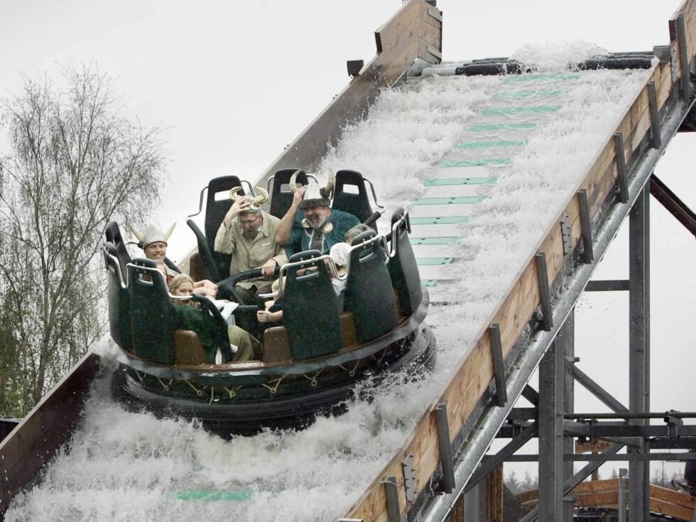 VÅTT OG GODT: Vikinghjelmene gjør iallfall at du ikke blir våt i håret, men ellers bærer Vikings River Splash sitt navn med rette. Foto: LEGOLAND