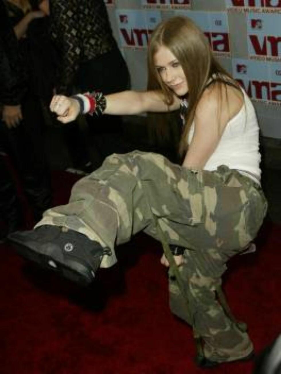 Da Avril Lavigne slo i gjennom i 2002, var det heftig eyeliner, kamuflasjebukser og nagler som tiltalte popstjernen. Foto: All Over Press