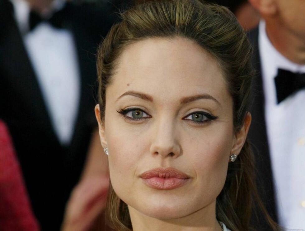 GUTTAS FAVORITT: Menn over hele verden har stemt frem Angelinas lepper til verdens beste. Foto: All Over Press