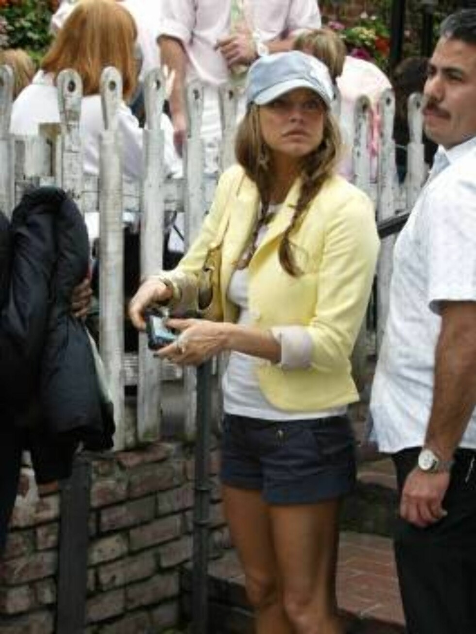 Code: X17XX8 - Garcia, Beverly Hills, USA, 16.03.2005: Black Eyed Peas singer Fergie visits Beverly Hills eatery The Ivy in shorts. All Over Press / X17 Agency / Garcia / ALL OVER PRESS Foto: All Over Press