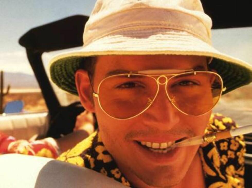 FRYKT OG AVSKY I LAS VEGAS (1998): I rollen som Raol Duke i denne psykedeliske, men fantastiske filmen, skjønte vi at Johnny var en smule spesiell. Foto: Gilliam
