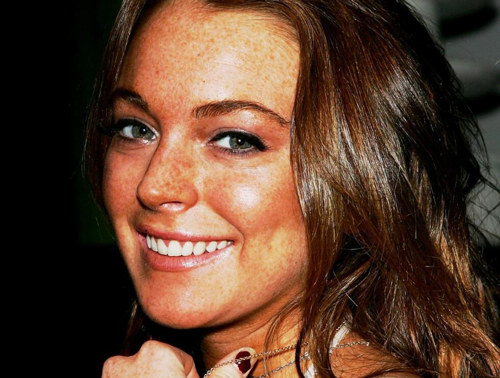 SØKENDE: - Vi trenger alle noe å gripe fast i, forteller Lindsay. Foto: All Over Press