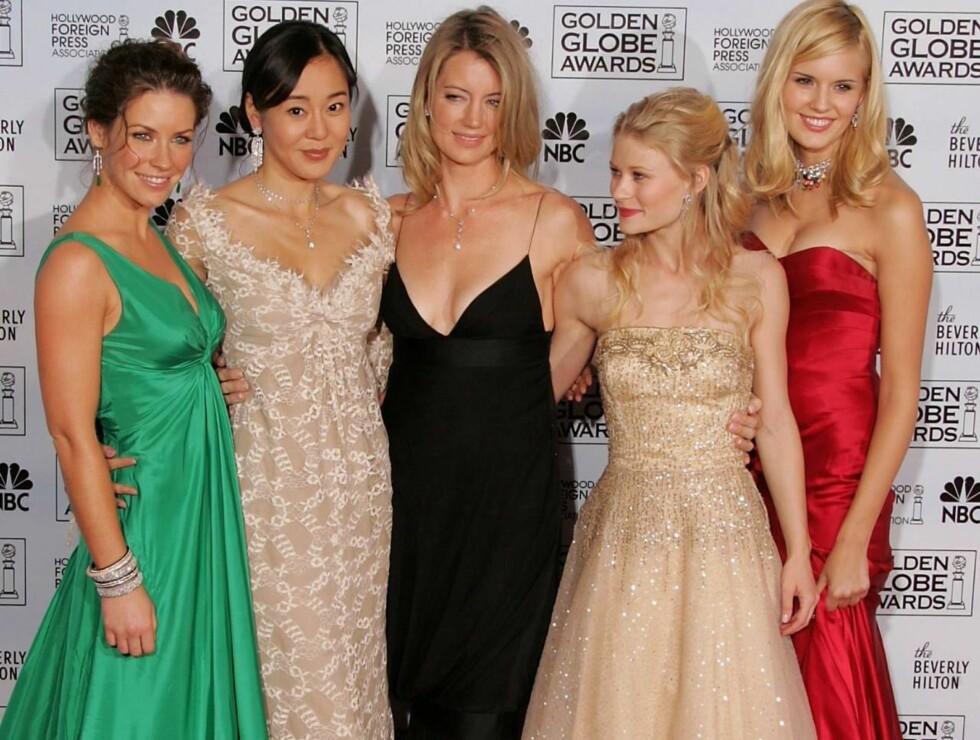 STJERNER: Evangeline Lilly, Yoon-jin Kim, Cynthia Watros, Emilie de Ravin og Maggie Grace har blitt venninner gjennom Lost. Foto: All Over Press