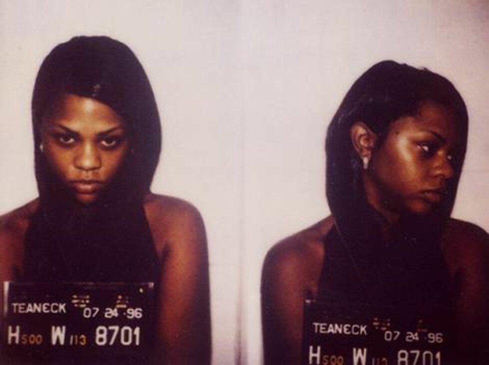 LITEN RØVER; Lil' Kim ble arrestert i 1999 for besittelse av marijuana. Senere har rapperen vært i trøbbel etter å ha avgitt falsk forklaring i en skyteepisode. Foto: Amerikansk politi