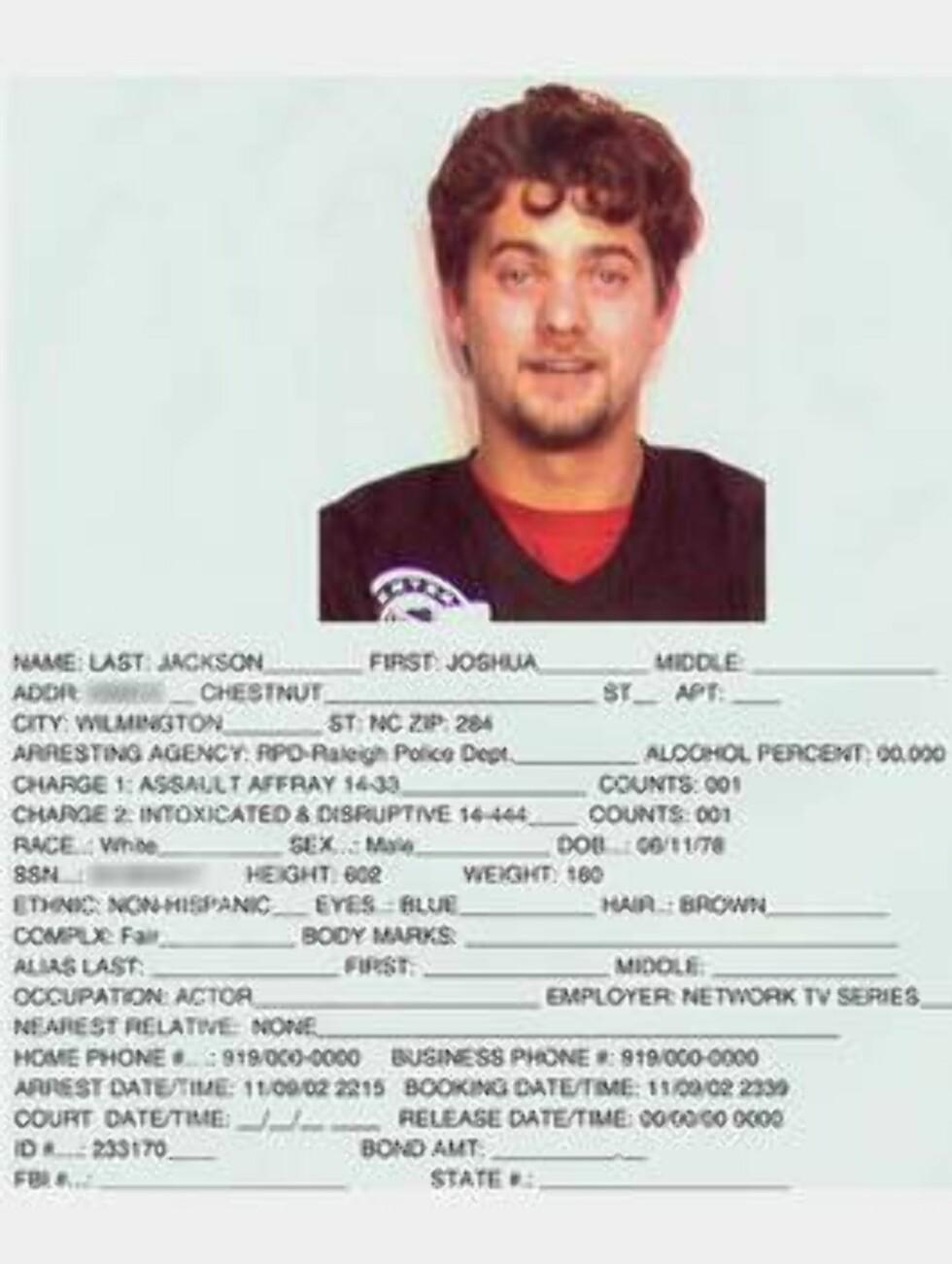 """UNGDOMSIDOL: """"Dawson's Creek""""-stjernen Joshua Jackson ble pågrepet i 2002 etter å ha angrepet en sikkerhetsvakt i fylla. Foto: Amerikansk politi"""