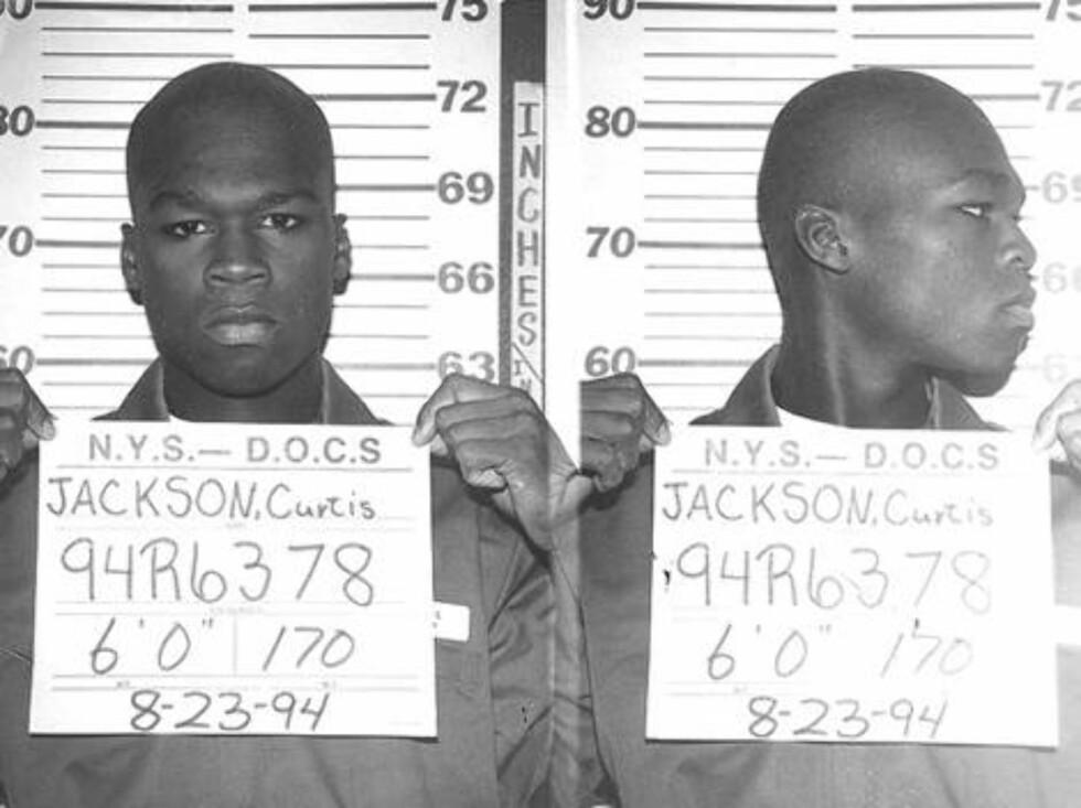 GJENGANGER: Rapperen 50 Cent har vært mye i trøbbel. Som 19-åring ble han arrestert for salg og oppbevaring av heroin og crack. Foto: Amerikansk politi