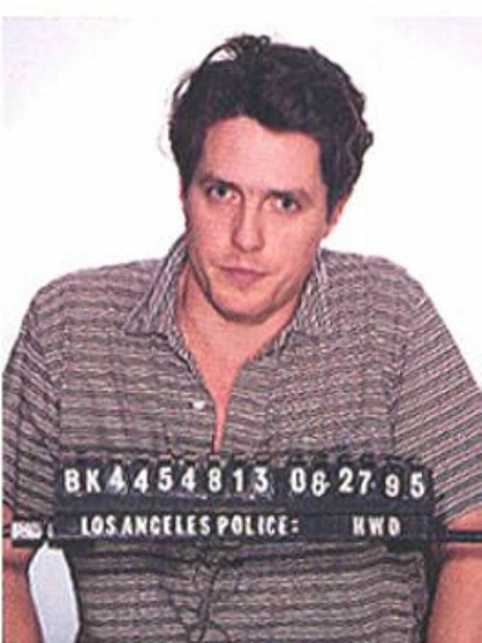 HOREKUNDE: Hugh Grant overrasket alle da han ble tatt på fersk gjerning med prostituerte Divine Brown i 1995. High var da kjæreste med Liz Hurley. Foto: Amerikansk politi