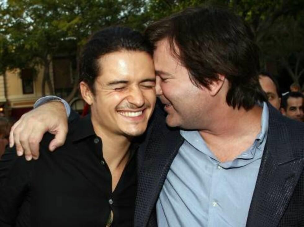 GLADDAG: Orlando Bloom sammen med regissør Gore Verbinski. Foto: All Over Press