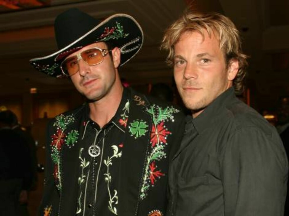 ATLANTIC CITY, NJ - JULY 3:  Actors David Arquette and Stephen Dorff celebrate the grand opening of the Borgata Hotel and Casino in Atlantic City, NJ on July 3, 2003. (Photo by Sara Jaye/Getty Images)  * SPECIAL INSTRUCTIONS:  * *OBJECT NAME: 2131855 SJ02 Foto: All Over Press