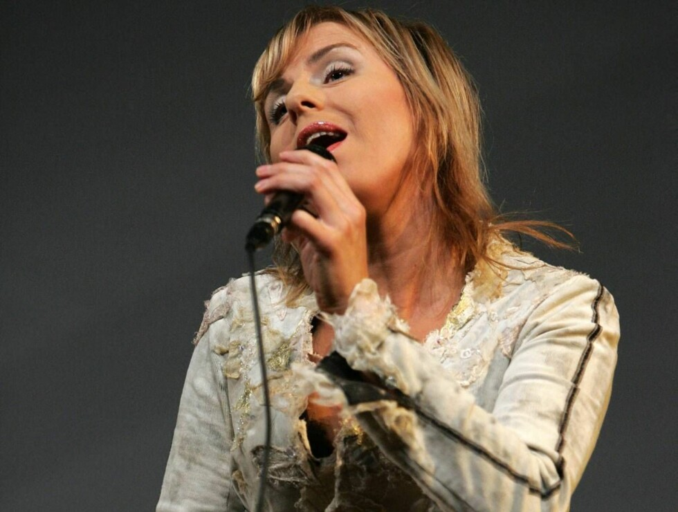 I TYSKLAND: Silje Nergaard synger. Foto: Se og Hør