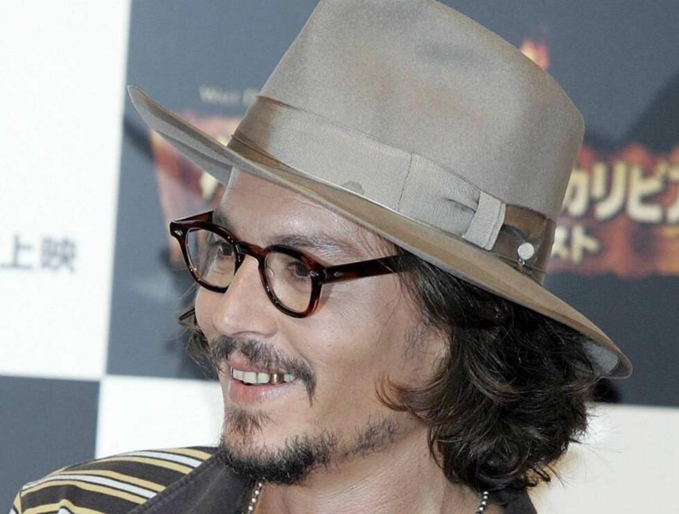 DE SKRÅ BREDDER: Johnny Depp har lenge hatt lyst til å prøve seg på teaterscenen. Nå vil han satse før han blir for gammel. Foto: All Over Press