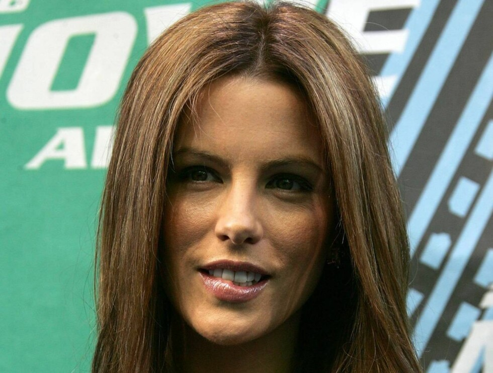 CULVER CITY, CA - JUNE 03:  Actress Kate Beckinsale arrives to the 2006 MTV Movie Awards at Sony Pictures Studio on June 3,2006 in Culver City, California.  (Photo by Frazer Harrison/Getty Images) *** Local Caption *** Kate Beckinsale  * SPECIAL INSTRUCTI Foto: All Over Press