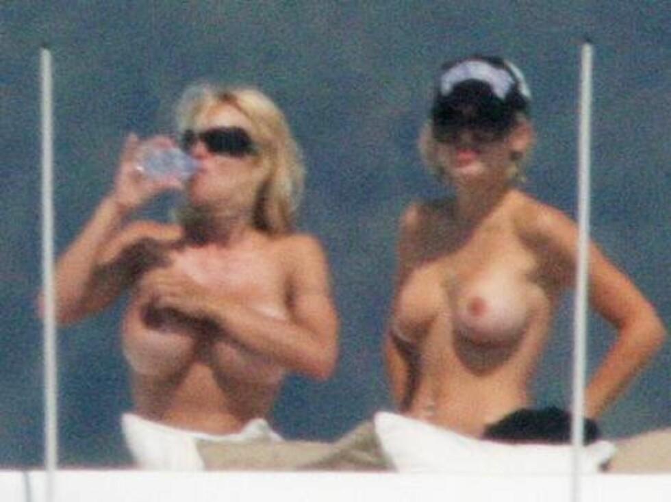 DAGENS DOBBEL DOBBEL: Damene holdt væskebalanse på sjøen. Foto: Stella Pictures