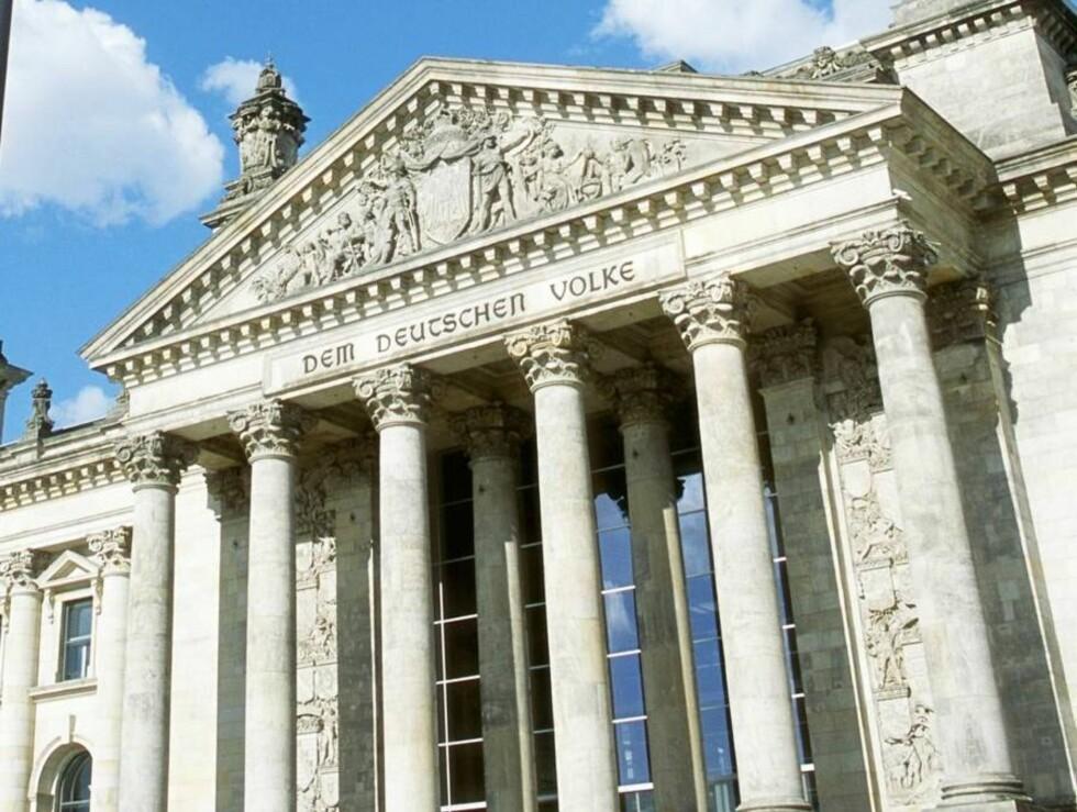 SEVERDIGHET: Den tyske Riksdagen i Berlin. Foto: © Ken Straiton/CORBIS
