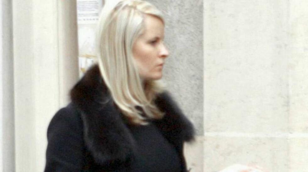 MOTEMEKKA: Paris er et eldorado for moteinteresserte, og Mette-Marit drar dit så sant hun har anledning. Her fra forrige runde i januar. Foto: ALL OVER