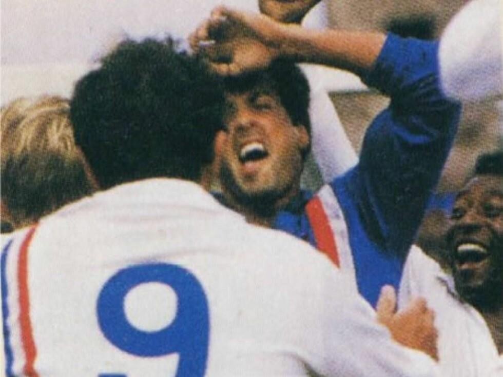 GIR ALT: Sylvester Stallone viser dribleferdighetene i filmen Escape to Victory
