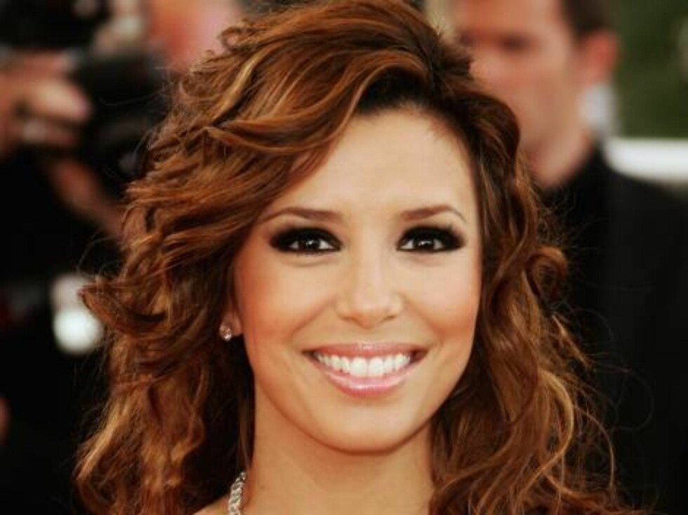 CANNES, FRANCE - MAY 28:  Actress Eva Longoria attends the premiere of 'Transylvania' during the 59th International Cannes Film Festival closing ceremony at the Palais May 28, 2006 in Cannes, France.  (Photo by Pascal Le Segretain/Getty Images) *** Local Foto: All Over Press