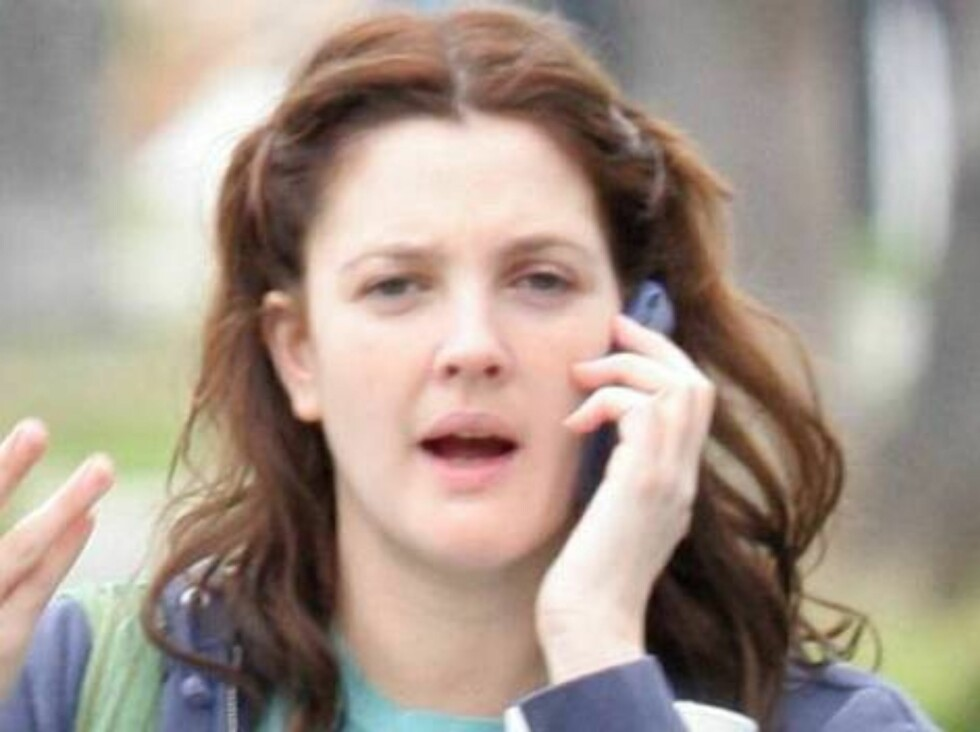 Code: X17XX8 - no code, Hollywood, USA, 19.03.2005: Drew Barrymore going to a studio in Hollywood wears no makeup. All Over Press / X17 Agency        EXCLUSIVE / ALL OVER PRESS Foto: All Over Press